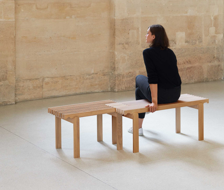 Oak bench (large model)