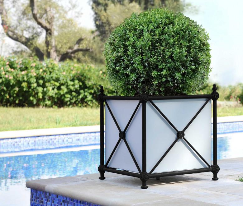 Aluminum planter - BLACK