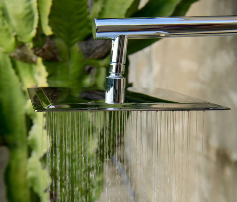 Ducha con mezclador + cabezal de ducha cuadrado Ø 25 cm