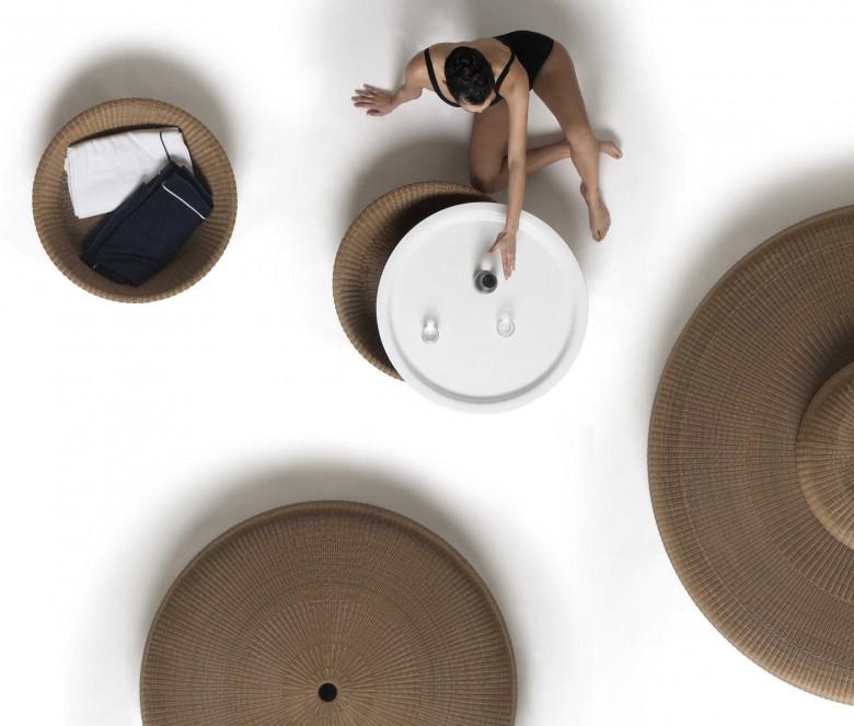 Pebble tavolino con vassoio amovibile